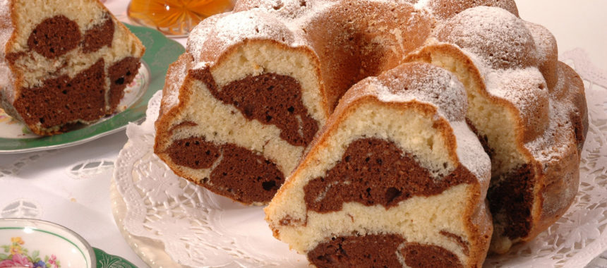 Marble sponge cake – a simple recipe for all occasions